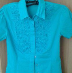Bluza pentru fetița de dimensiune 42