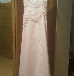 Φόρεμα ροζ σκόνη
