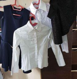 Kızlar için okul kıyafetleri