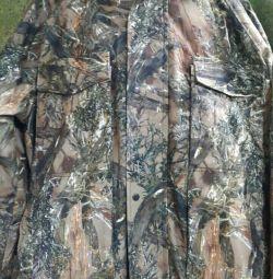 Costumul este demi-sezon cu -10 grade.