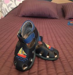 Sandals, leather, size 19