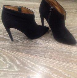 Σουέντ αστράγαλος μπότες Carlo Pasolini, μέγεθος 37