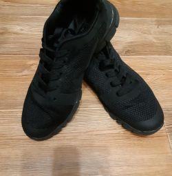 Spor ayakkabı yaz