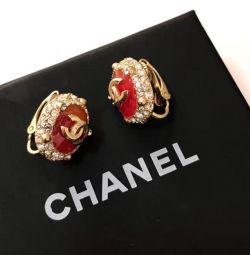Клипсы Chanel в золоте
