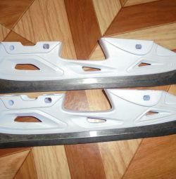 Blade for skates