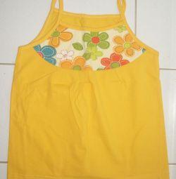 Tricouri - topuri pentru o fată de 3-4 ani