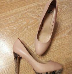 Παπούτσια 39.5