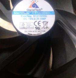 вентилятор Everflow r121225sl DC 12v. 0.20AMP б / у