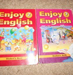 2. ve 7. İngilizce dillerinde ders kitapları