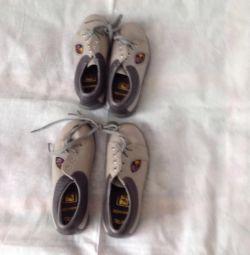 Детские туфли натур кожа р 27,28.