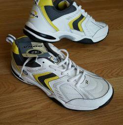 Bona Etiketleri ile YENİ Sneakers