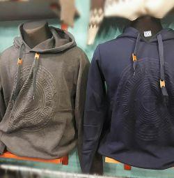 Men's hoodies and shirts