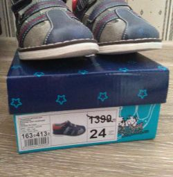 Sandals new 24p.