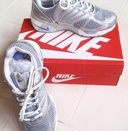 Adidași Nike (Original) (Nou)