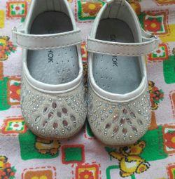 Papuci pentru o mică prințesă