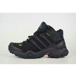 Кроссовки Adidas Terrex Gore-Tex натуральный мех