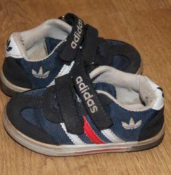 Sneakers Adidas (original) nat. suede.