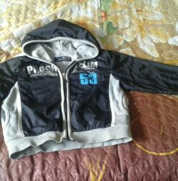 Second-hand windbreaker for the boy of 6,7 years