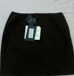 Skirt .New.Size: 40--42.