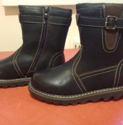 Νέες χειμωνιάτικες μπότες 38,39,40,41