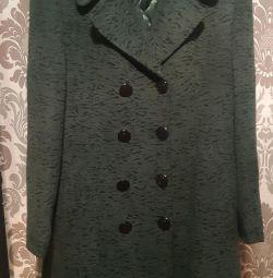 Γυναικεία παλτό ως δώρο.