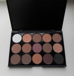 eyeshadow 15 shades matte