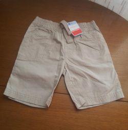 Pantaloni scurți noi pentru băieți de mamă 104 cm