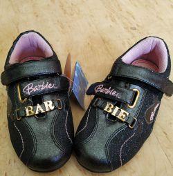 Adidași Barbie 24R.