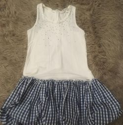 Dress brand MOSCOW for a girl of 6-9 years