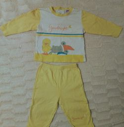 Children's pajamas 74