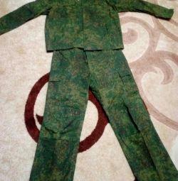 Kamuflaj ve takım elbise