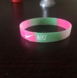Nike Bileklik