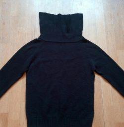 Μαύρο πουλόβερ