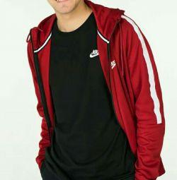 Nike jacket new to teen