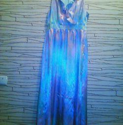 Шeлковое платье фирмы Оджи