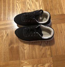 Spor ayakkabı Zara