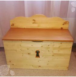 Κουτί με στήθος για παιχνίδια