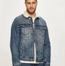 утеплена джинсова куртка