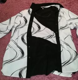 Новий Костюм, блузка + топ з германии