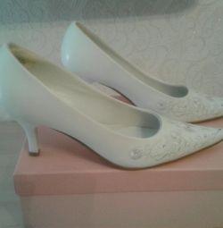 Παπούτσια γάμου.