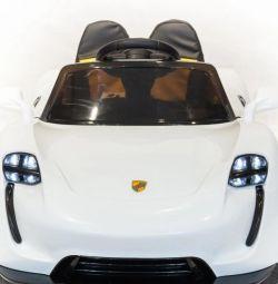 Porsche new children's delivery atrt3890211