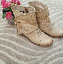 Μπότες μπότες μπότες μποτάκια μπότες αστράγαλο