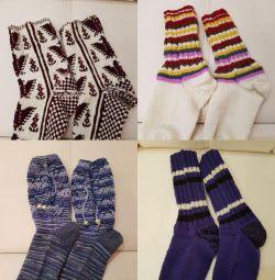 В'язані шкарпетки, тапочки та підставки-серветки