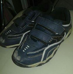 Spor ayakkabı 31r