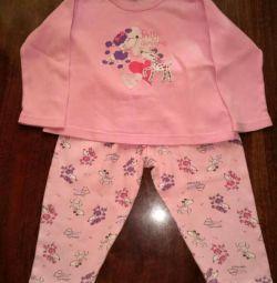 Pajamas for 3-4 years.