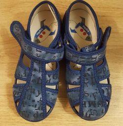 sandalet 27