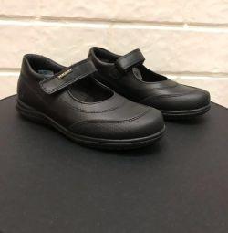 Kız Pablosky için ayakkabı