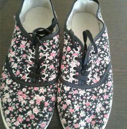 Παπούτσια 37-38π