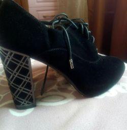 Pantofi / ghete de gleznă din piele naturală 37 nou