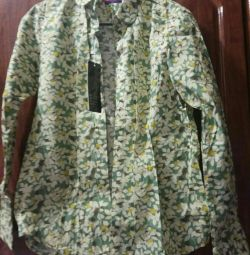 Women's shirt (new) 48-50